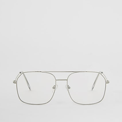Silver aviator frame glasses