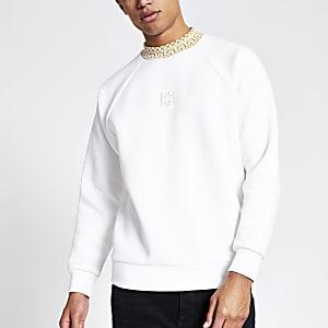 Witte sweater met geribbelde rond hals met Aztekenprint