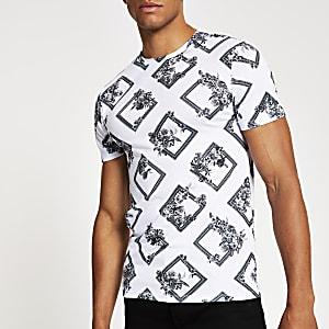 Wit strak T-shirt met korte mouwen en met print