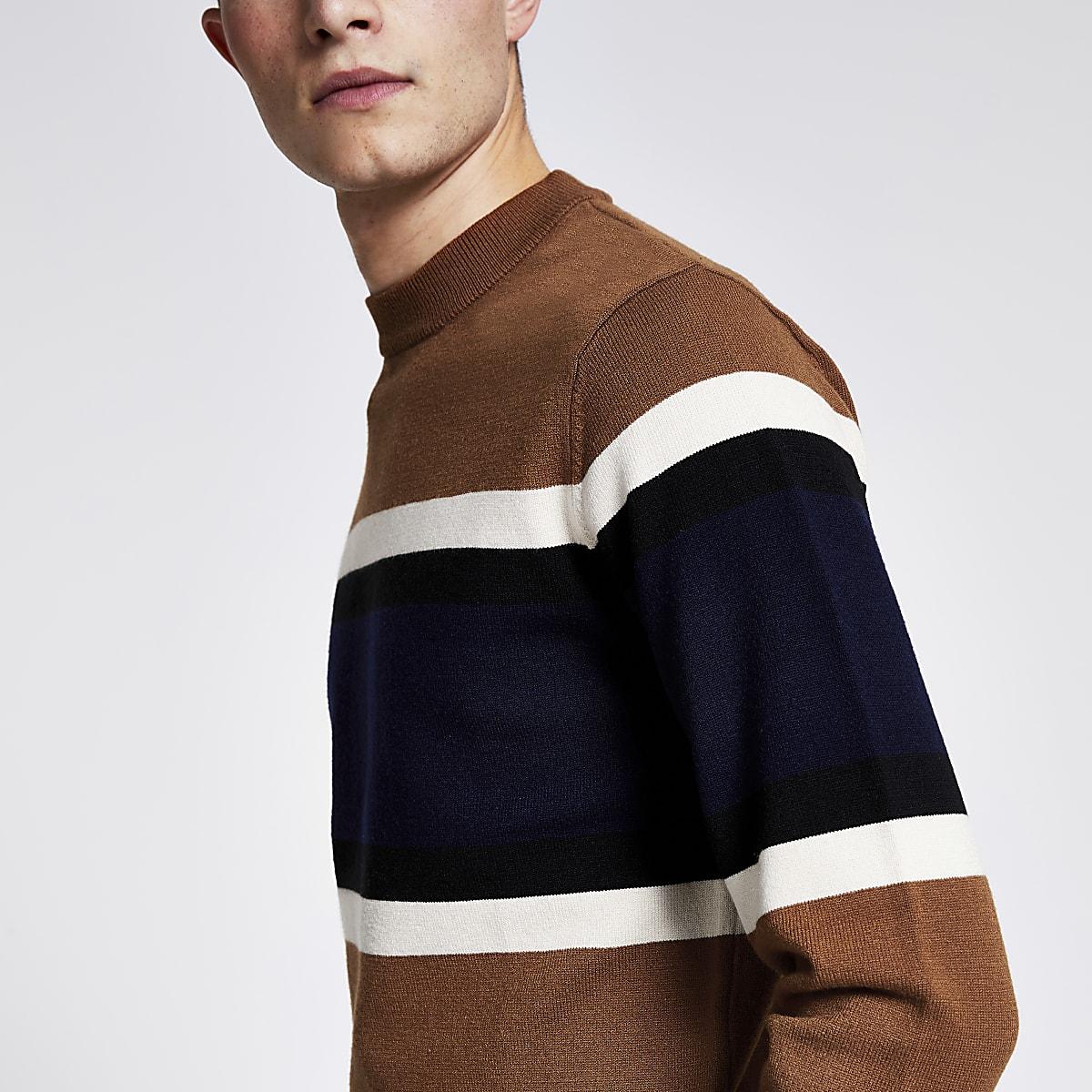 Pull slim marron en maille colour block