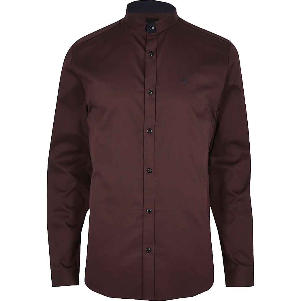 Donkerrood slim-fit overhemd met opstaande kraag