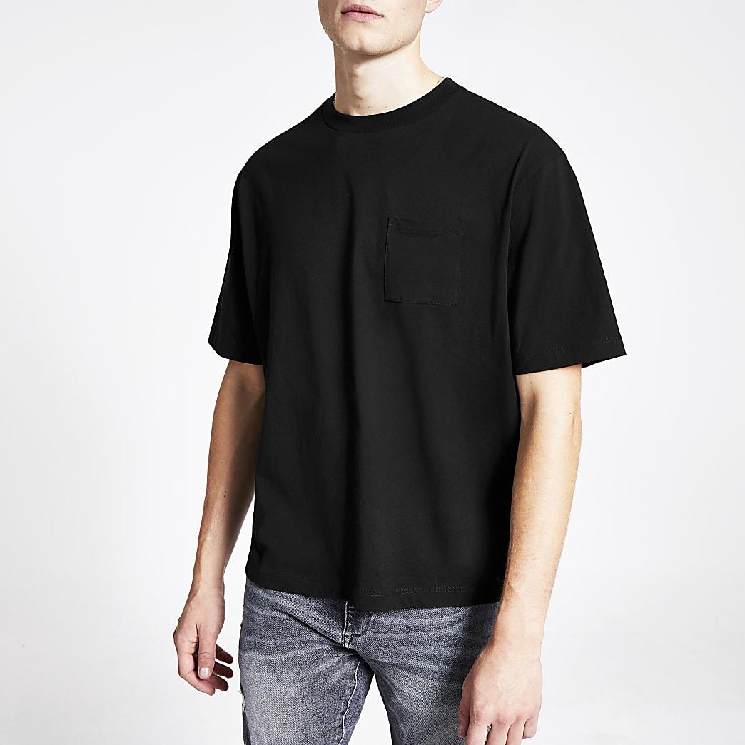 Zwart recht T-shirt met korte mouwen