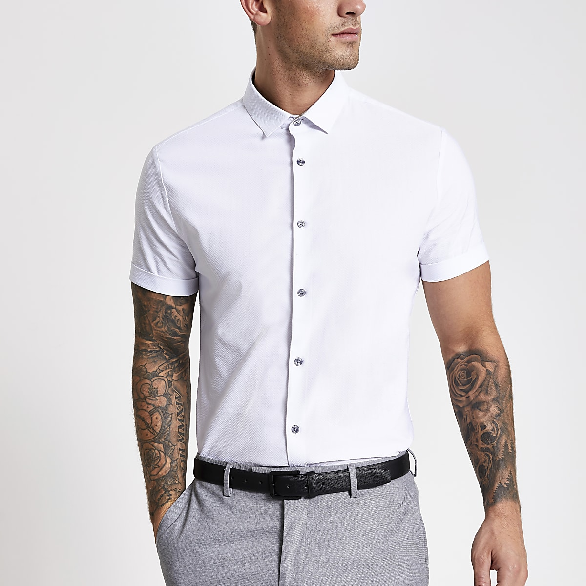 White textured short sleeve slim fit shirt