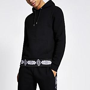 Sweatà capuche noire« Undefined »  avec bande aztèque contrastante