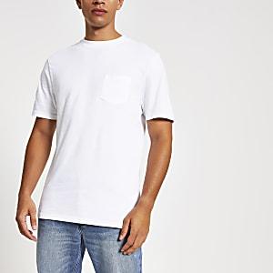 T-shirt blanc avec poche poitrine et manches courtes