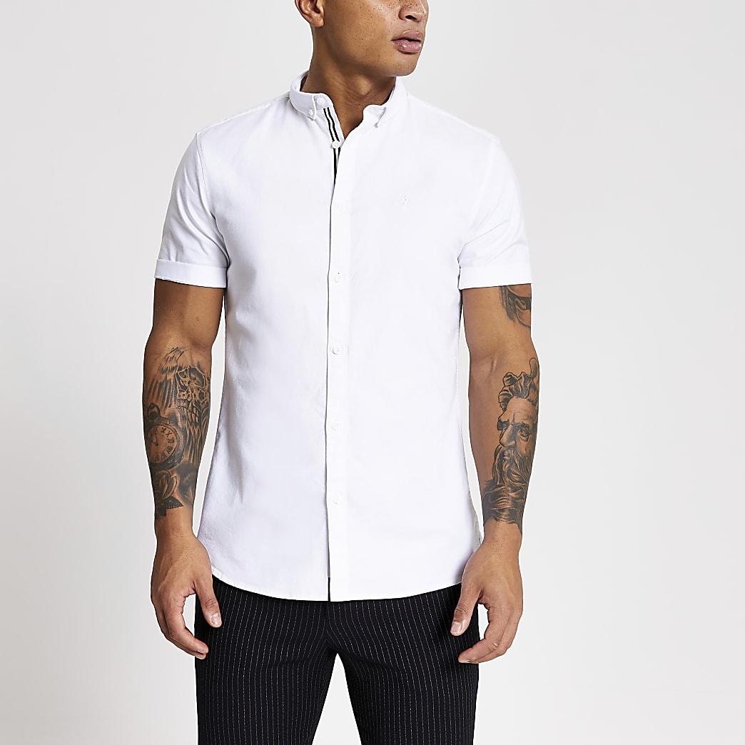 Chemise Oxford blanche à manches courtes