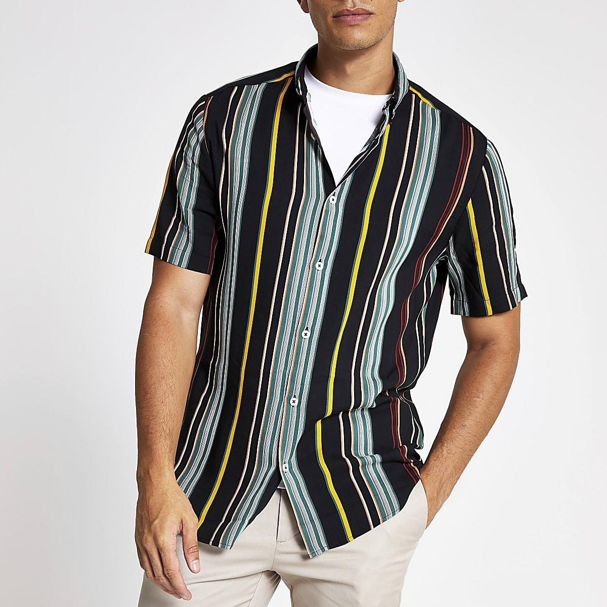 Chemise slim rayée verte à manches courtes