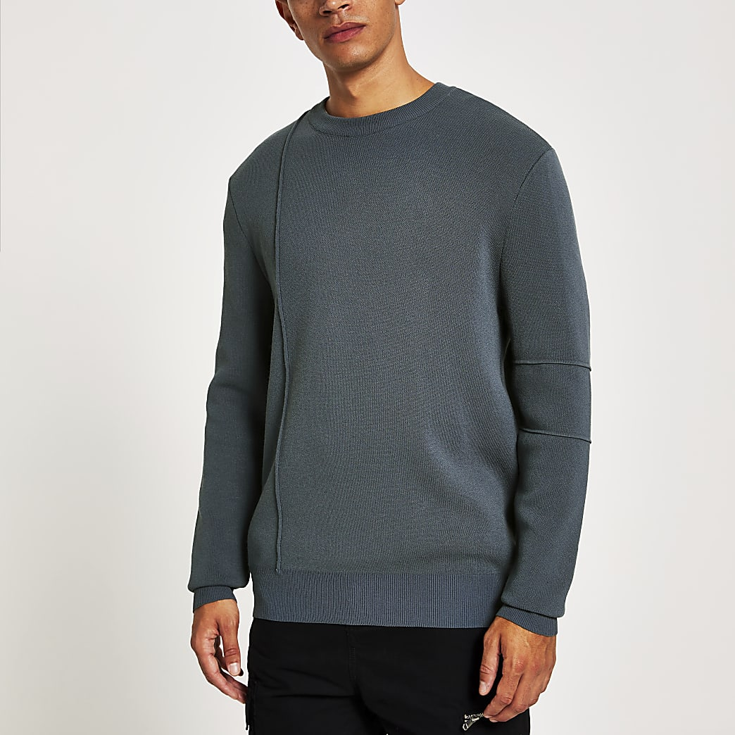 Donkergrijze pullover met lange mouwen