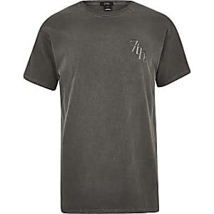 Zwart washed T-shirt met '7th'-print
