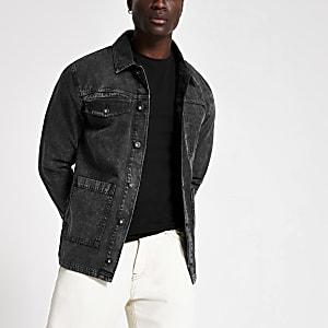 Veste en denim noire délavée avec poches fonctionnelles