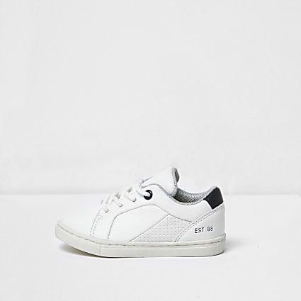 Mini boys white trainers