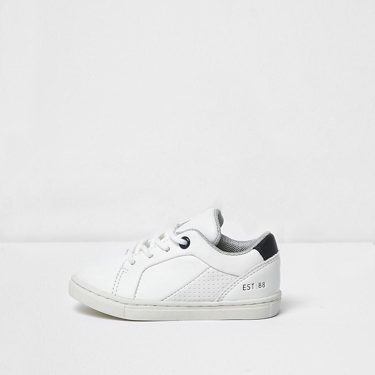 Mini boys white sneakers
