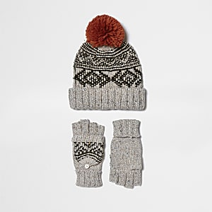 Boys cream Fairisle gloves and beanie set