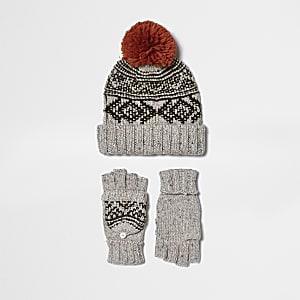 Boys cream Fairisle gloves and beanie set