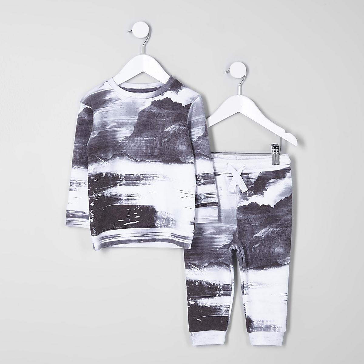 Mini boys grey mountain sweatshirt outfit