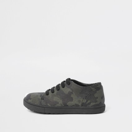 Mini boys camo lace up trainer