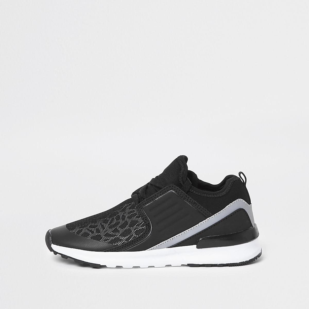 Boys black animal print runner sneakers