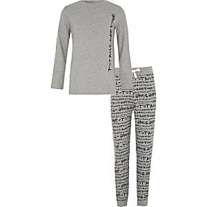 Grijze pyjamaset met 'totally awesome'-print voor jongens