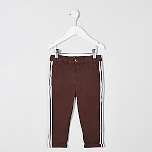 Pantalon chino rouge à bandes latérales pour mini garçon