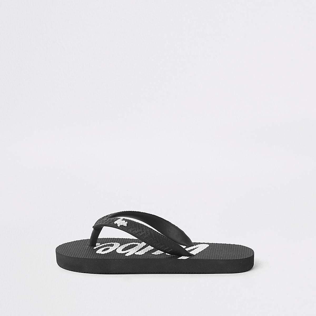 Kids Hype black flip flops