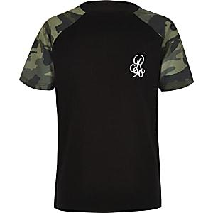 Zwart T-shirt met camouflageprint en raglanmouwen voor jongens