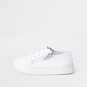 Sneaker zum Schnüren mit seitlichem Reißverschluss