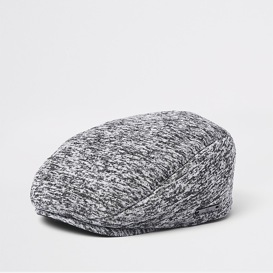 Graue, flache Jersey-Kappe