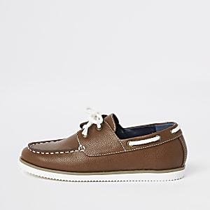 Chaussures bateau fauves à lacets pour garçon