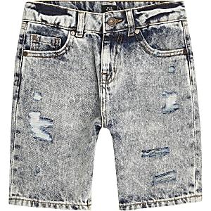Mittelblaue Jeansshorts im Used-Look