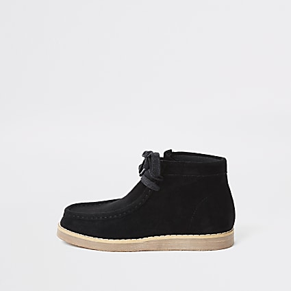 Boys black lace up crepe boots
