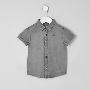 Graues Jeanshemd mit Stickerei