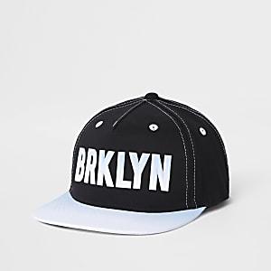 Zwarte pet met 'Brklyn'-print voor jongens