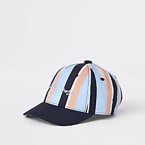 Mini - Blauwe pet met pastelkleurige strepen voor jongens