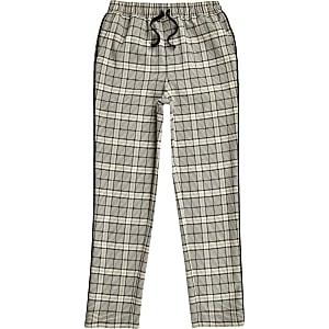 Ecru geruite smaltoelopende broek voor jongens