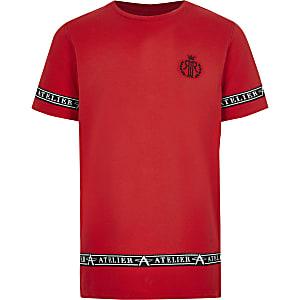 T-shirt rouge à bandes latérales RI pour garçon