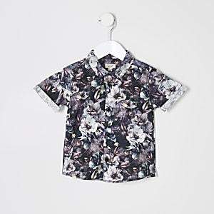 Schwarzes, geblümtes Hemd