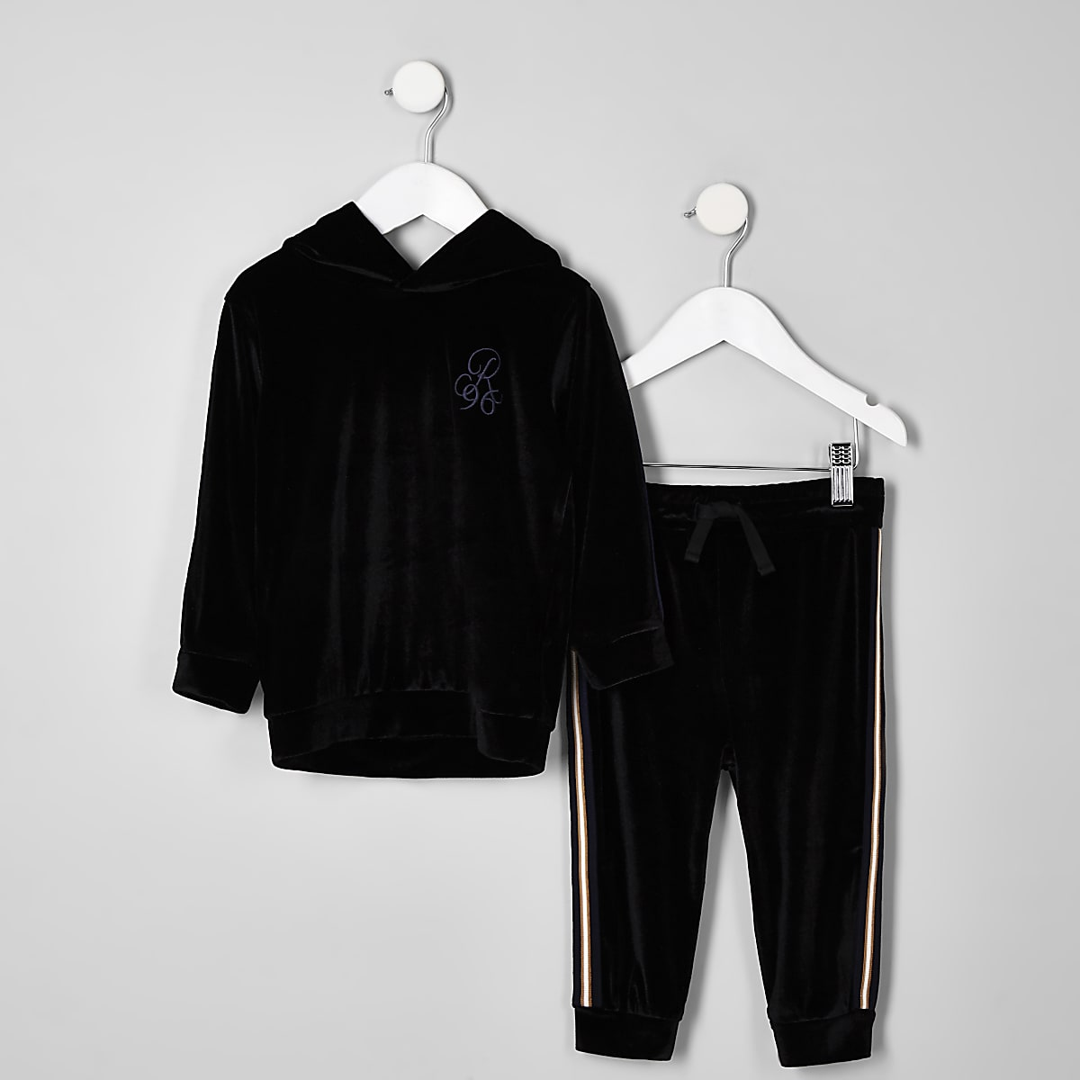 Mini boys black velour R96 hoodie outfit