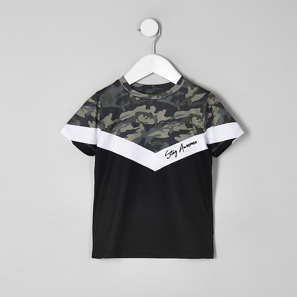 Boys khaki camo chevron blocked T-shirt