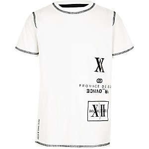 Boys white numerical print T-shirt