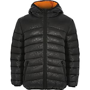 Zwarte gewatteerde jas met print voor jongens