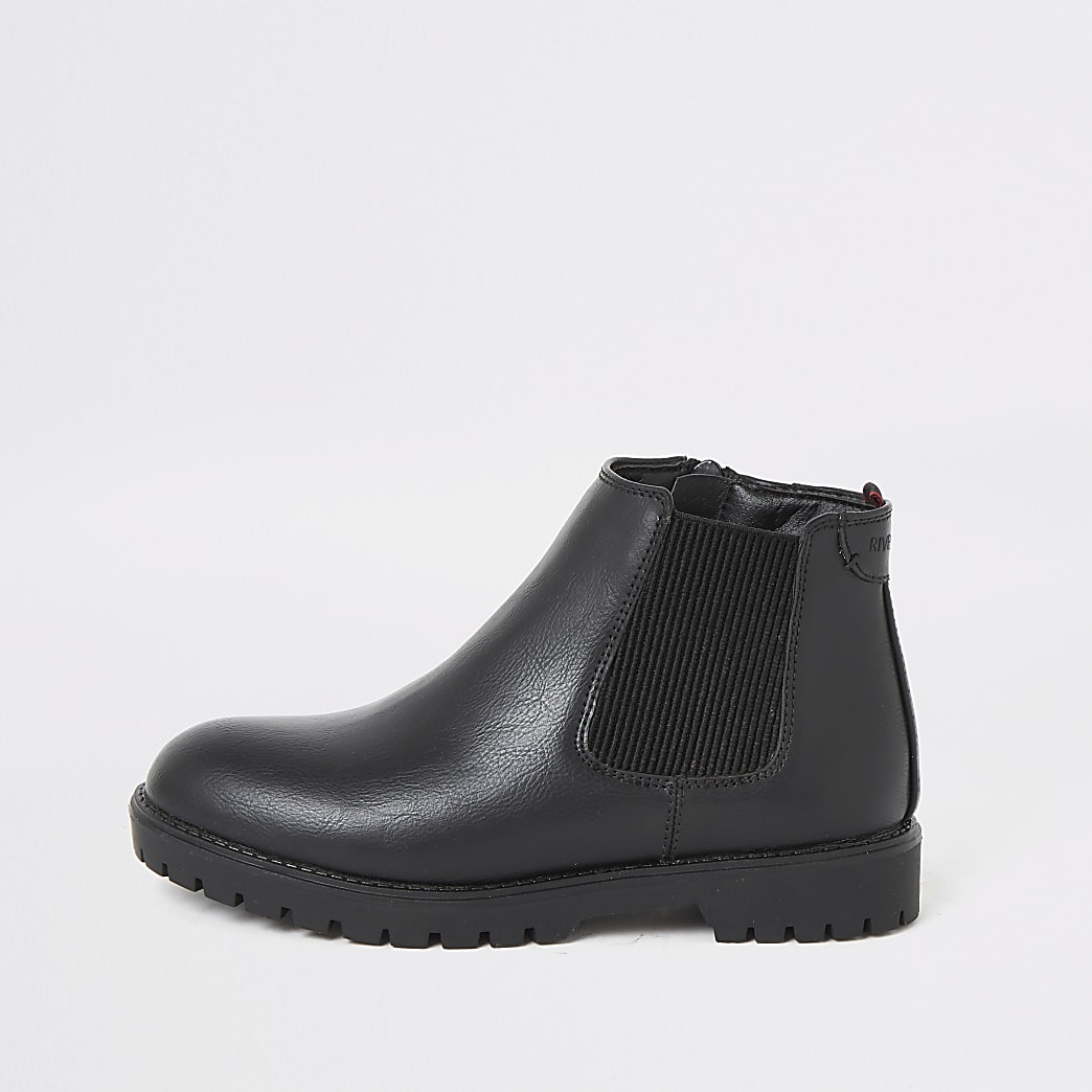 Boys black chunky chelsea boots