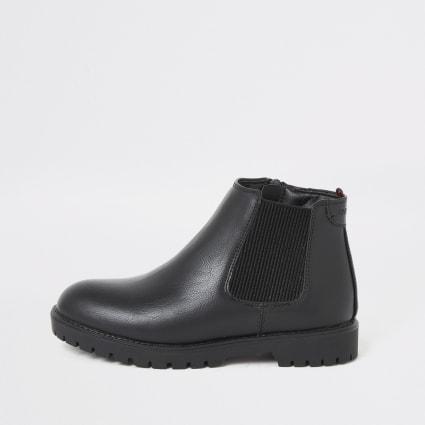 Boys black clumpy chelsea boots