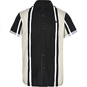 Schwarzes Hemd mit Streifen