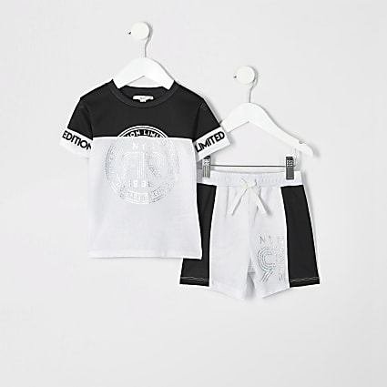 Mini boys white foil print mesh shorts outfit