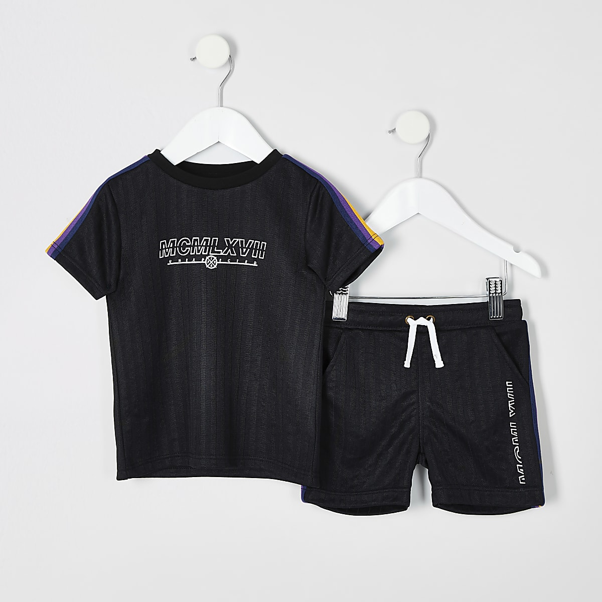 Mini boys black taped T-shirt outfit