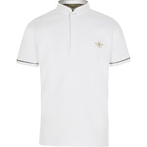 Weißes Polohemd mit Grandad-Kragen