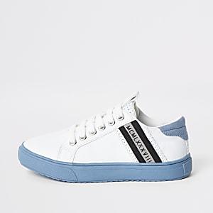 Witte vetergympen met blauwe zool voor jongens