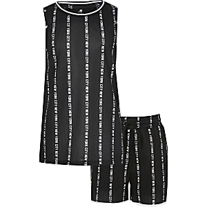 Boys black 'New York city' print tank outfit