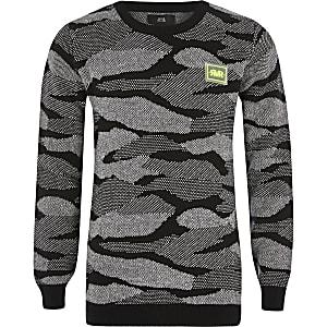 Zwarte pullover met camouflageprint voor jongens