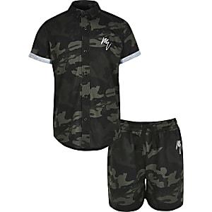 Outfit met kaki overhemd met camouflageprint voor jongens